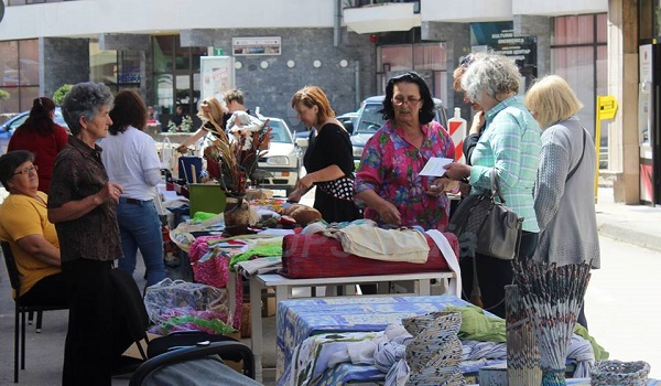 zenski bazar u srebrenici