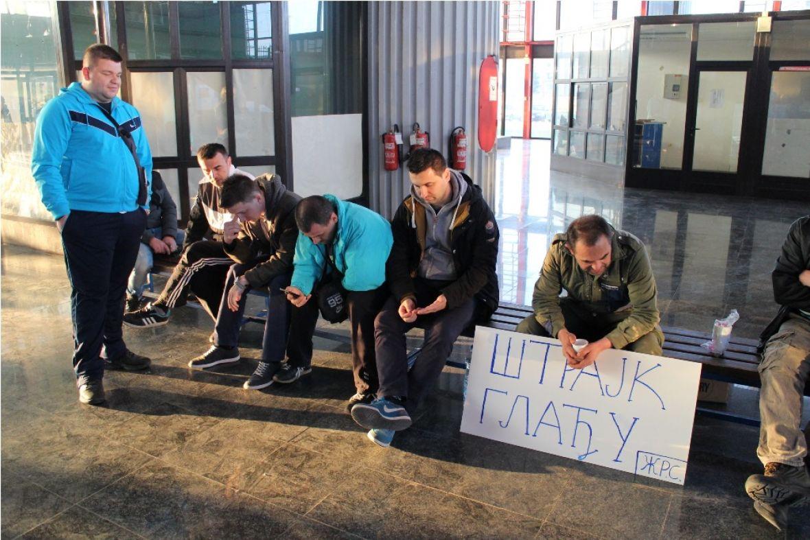 strajk gladju zeljeznice