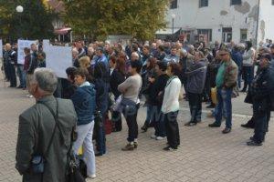 Malinari protest u Bratuncu