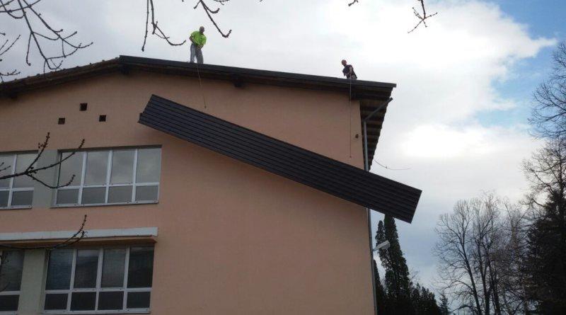 Sanacija krova skole u Vlasenici